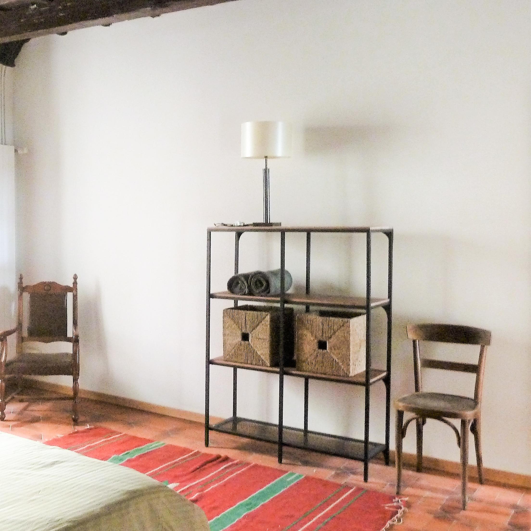 zimmer in locarno gem tliche bis luxuri se zimmer im herzen locarnos. Black Bedroom Furniture Sets. Home Design Ideas